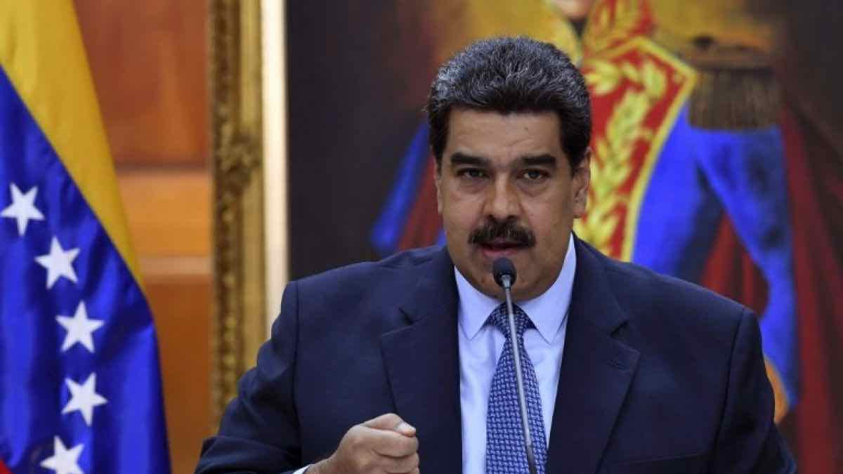 Nicolás Maduro acusa a Juan Guaidó de intento de magnicidio