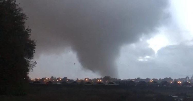 """Alcalde de Los Ángeles por tornado: """"Chile no está preparado para estos fenómenos"""""""