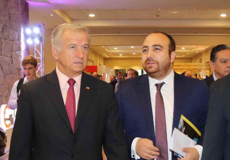 Acercamiento Gobierno-DC aumenta la desconfianza en la oposición