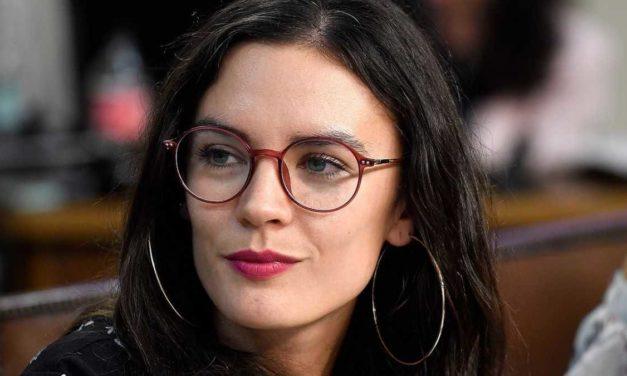 """Camila Vallejo: """"No es nueva nuestra cercanía programática con el Frente Amplio"""""""
