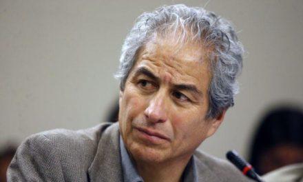 """Mario Aguilar defiende """"repliegue táctico"""" para exigir demandas de educadoras diferenciales y de párvulos"""