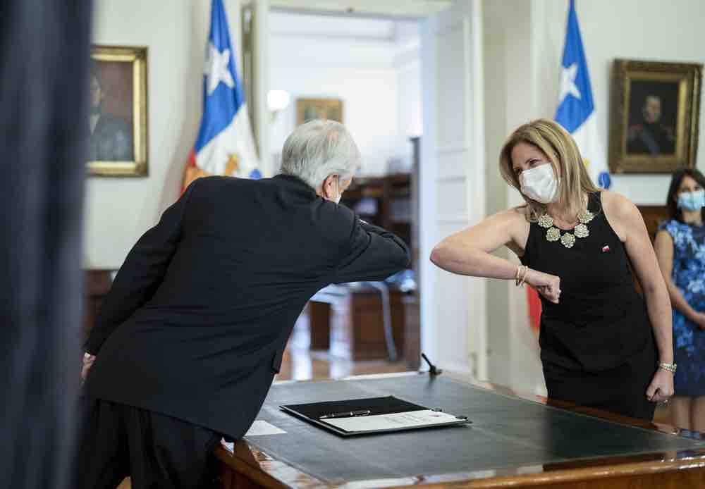 """""""No tenemos ministra"""": Feministas en estado de alerta por llegada de Macarena Santelices al Ministerio de la Mujer"""